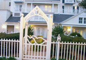 Outdoor entrane to Disney's Boardwalk Inn Rooms