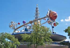 Astro Orbiter in Tomorrowland