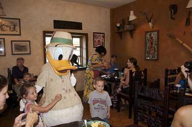 Donald's SafaricBreakfast